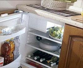 встроенные%холодильники